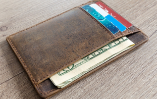 "Remember ""What's in Your Wallet?"" Now Drivers Can Keep a Roadside Assistance Card In Their Wallet Too! 2"
