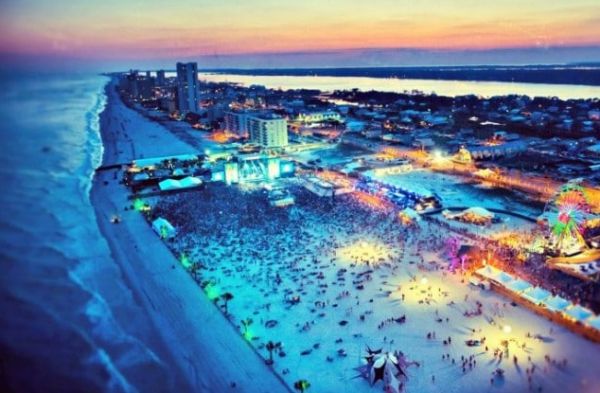 The Vacation Rentals Gulf Shores Presents Worth It Property for Vacation with Friends and Family 3