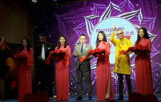 The Entry of Monspace into the Vietnamese e-commerce market. 3