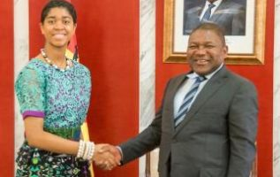 16 YEAR OLD ZURIEL ODUWOLE HELPS END GIRL MARRIAGE IN MOZAMBIQUE 2