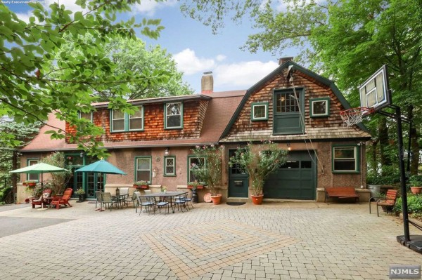 Historic Home in Nutley NJ Is On The Market 9