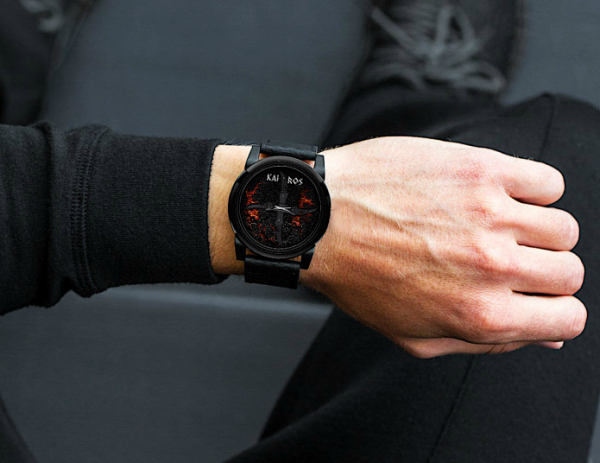 Italian company launches FIRST anti-time watch on Indiegogo that measures emotions 1