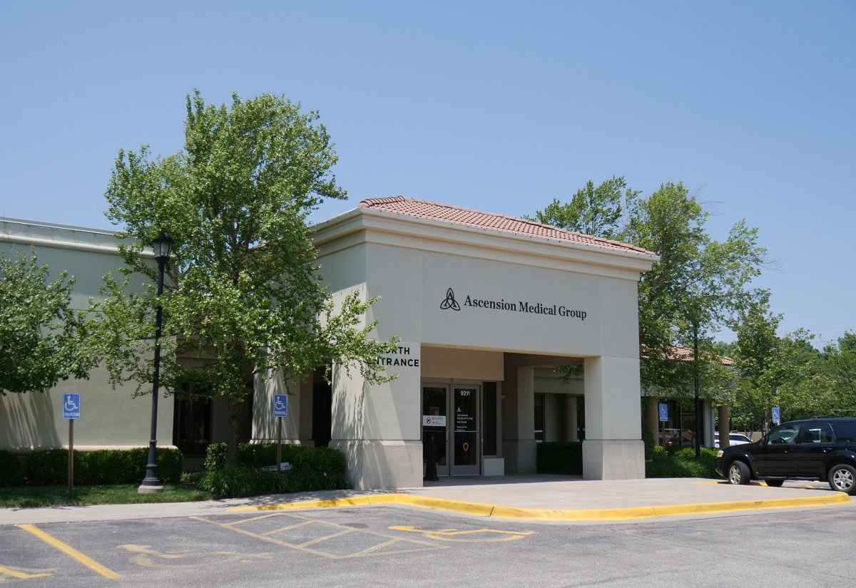 The Boulder Group Arranges Sale of Net Leased Integrated Healthcare Systems 1