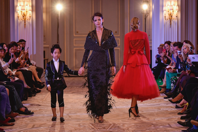 LIU LISI Haute Couture retrospective collection was successfully held in Paris 3