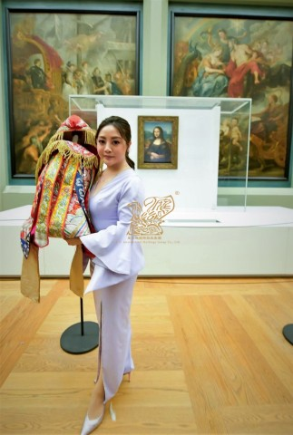 Musee du Louvre hosts exclusive art exchange night for 50 VIPs 9