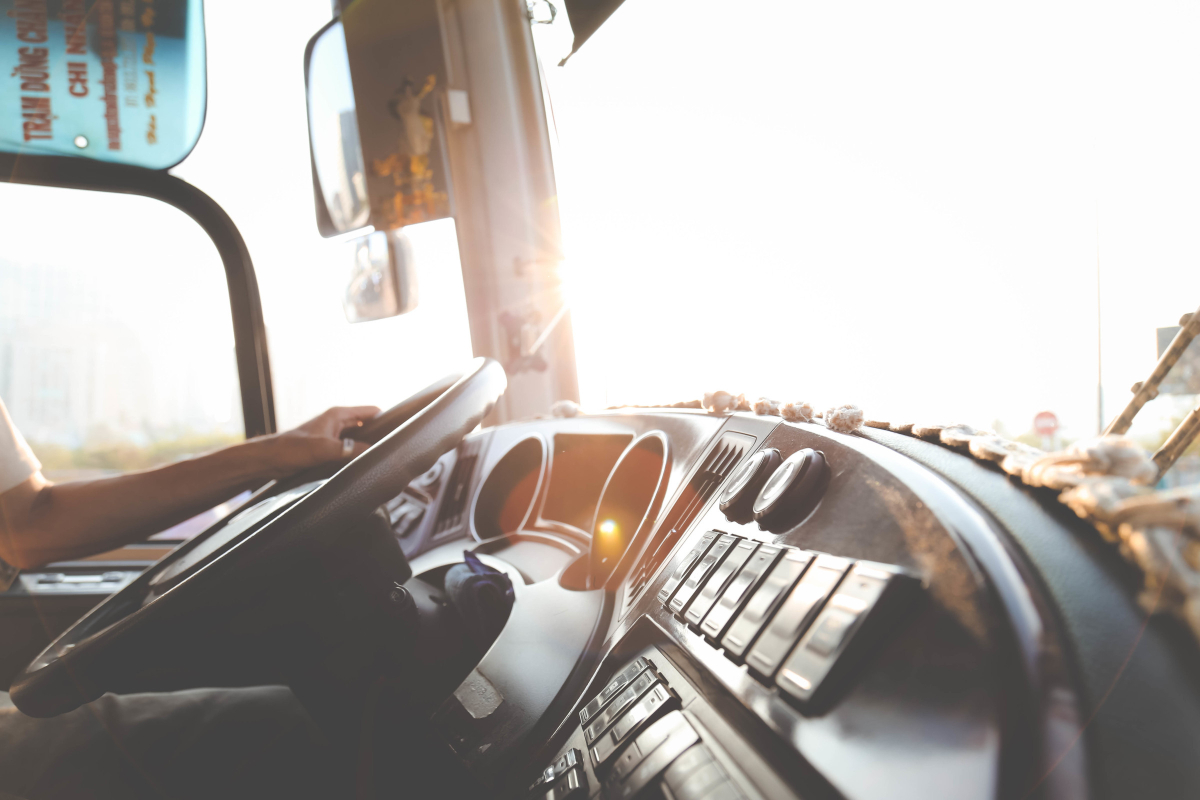 RealtimeCampaign.com Gives Helpful Tips for Recruiting New Truck Drivers With a Driver Qualification File 1