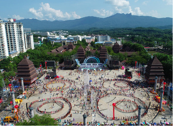 Baoting, Wonderland-Resort on Hainan Island, China 5