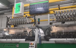 Schneider Electric sharing in its customers' digitalization journeys 4