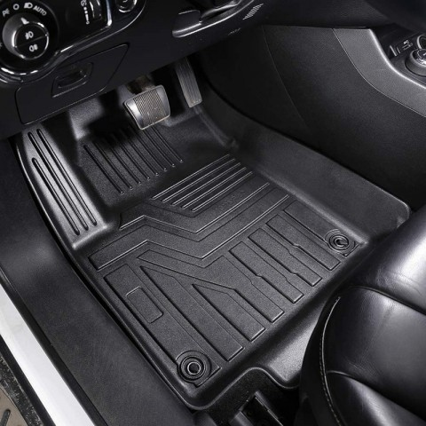 How to prevent the car mat from sliding in the process of driving 17