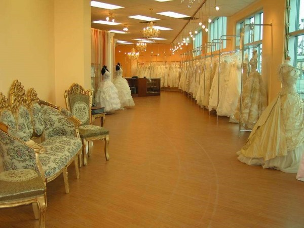 "Best for Bride wins the Three Best Rated ""Best Bridal Shop in Toronto"" Award 1"