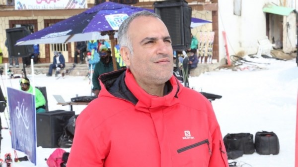 Legendary Iranian Skiing influencer Khosro Ronagh Endorses Dizin Ski Resort as the Best Places to Ski in the Middle East 4
