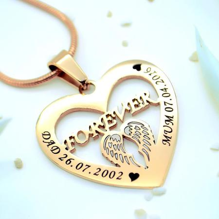 Bellefever Celebrates Christmas In The UK With Their Name Necklace Collection 1