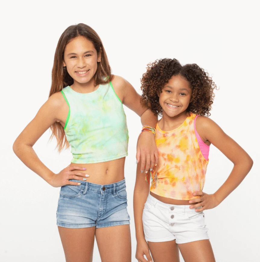 Cheery Designs Collaborates With Malibu Sugar On Spring Tie Dye Fashion Line 1