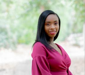 23-year-old professional writer, Deja Tyla Hansen, has helped hundreds 3