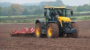 Farm Tractors Market May See a Big Move | Major Giants Deere, AGCO, Mahindra, Kubota 1