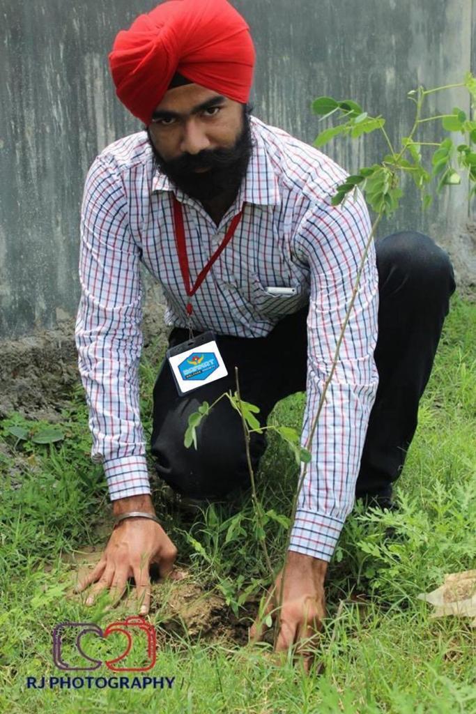 Greenman Randeep Singh Kohli blesses the planet with countrywide massive tree plantation via Barkat Welfare Society 1