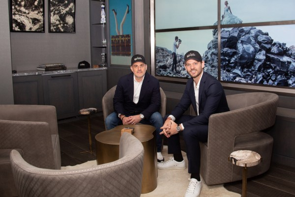Apollo Shatters Elite Art Scene With Subscription-Based Inside Access to Artists and Art Investing 19
