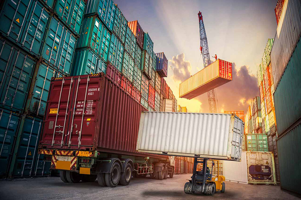 Container Transport in Ontario Requires Knowledge for Safe and Secure Delivery 1