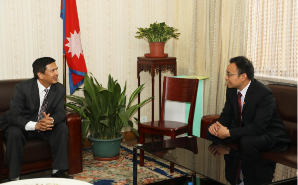 Sun Telecom International Business CEO Tin Xiong Visited the Economic Minister of the Embassy of Nepal in China 2